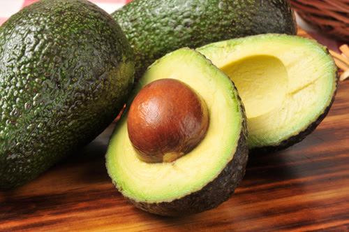 Usar abacate nas refeições, um segredo na batalha anti-diabetes.